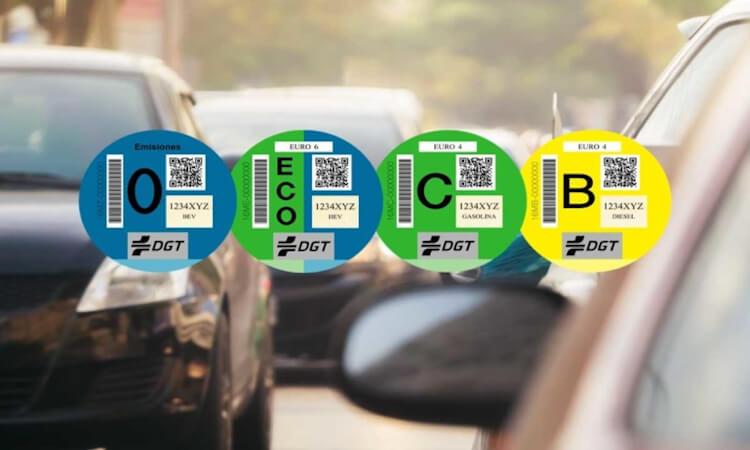 Los cambios en las etiquetas medioambientales desatan una guerra entre ecologistas y fabricantes de automóviles