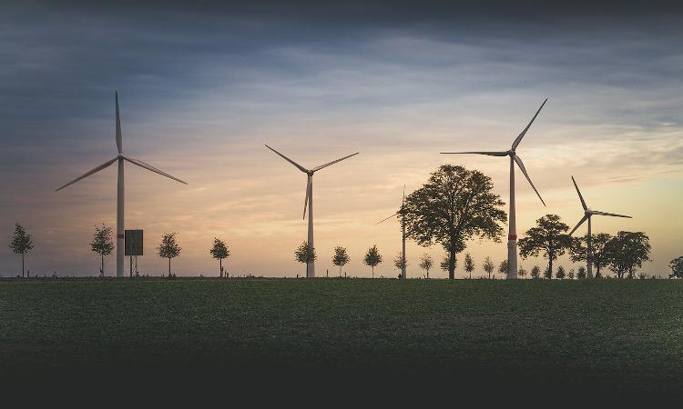 España hará hidrógeno renovable con rayos de sol y viento