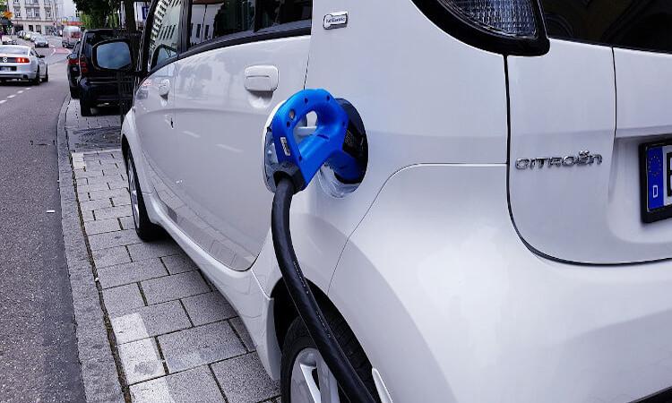 Cómo solicitar ayudas para comprar vehículos sostenibles
